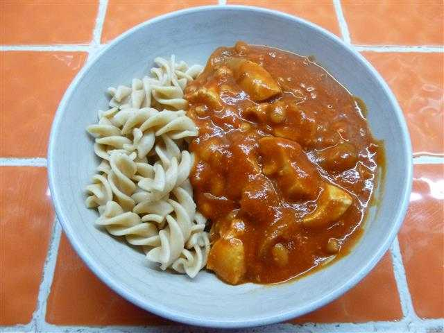 Chicken, beans, mushrooms with pasta