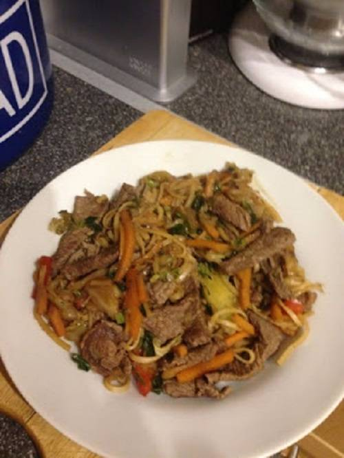 Quick beef chow mein (slimming world friendly)