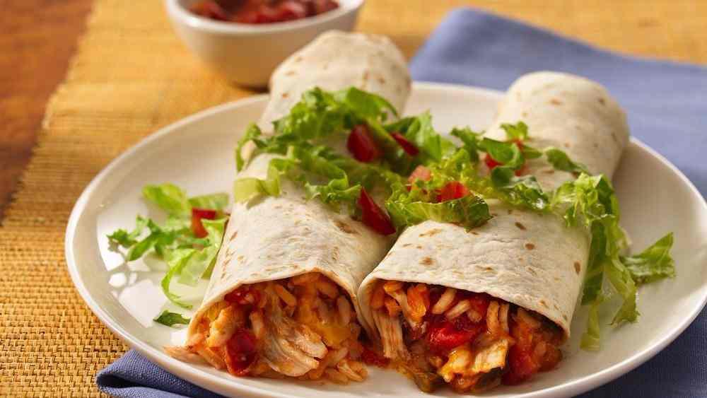 Spicy chicken burrito (slimming world friendly)