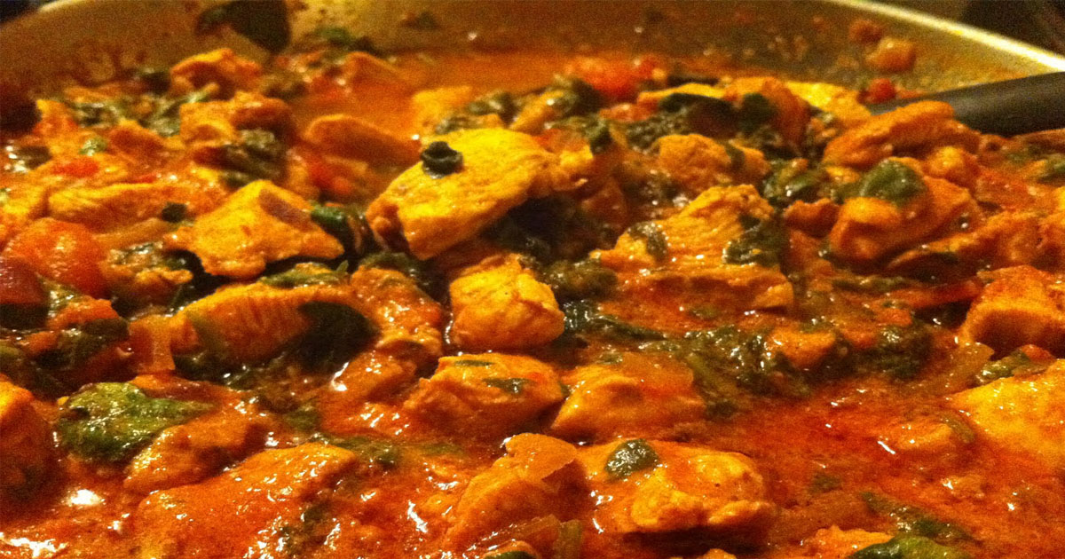 Slimming World Syn-free: TOMATO, CHICKEN AND SPINACH CURRY