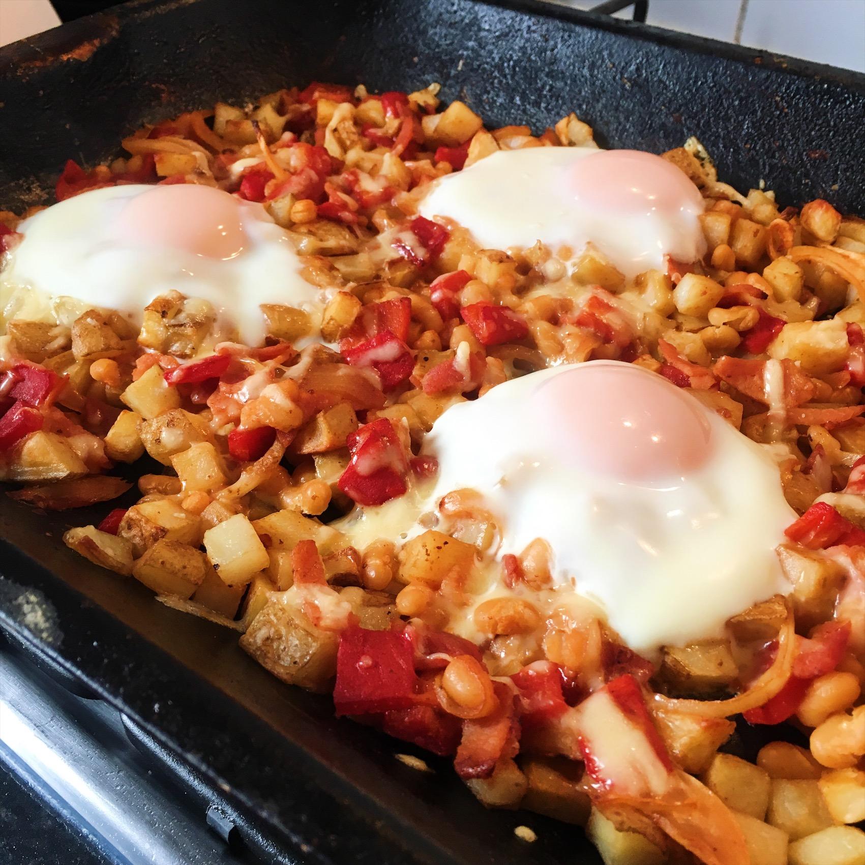SW recipe: cheesy bean breakfast hash