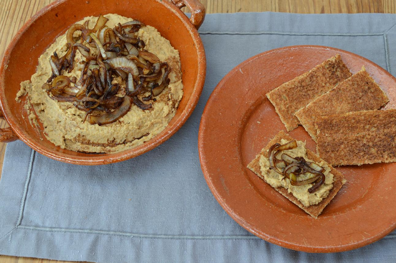SW recipe: Balsamic Onion Humous