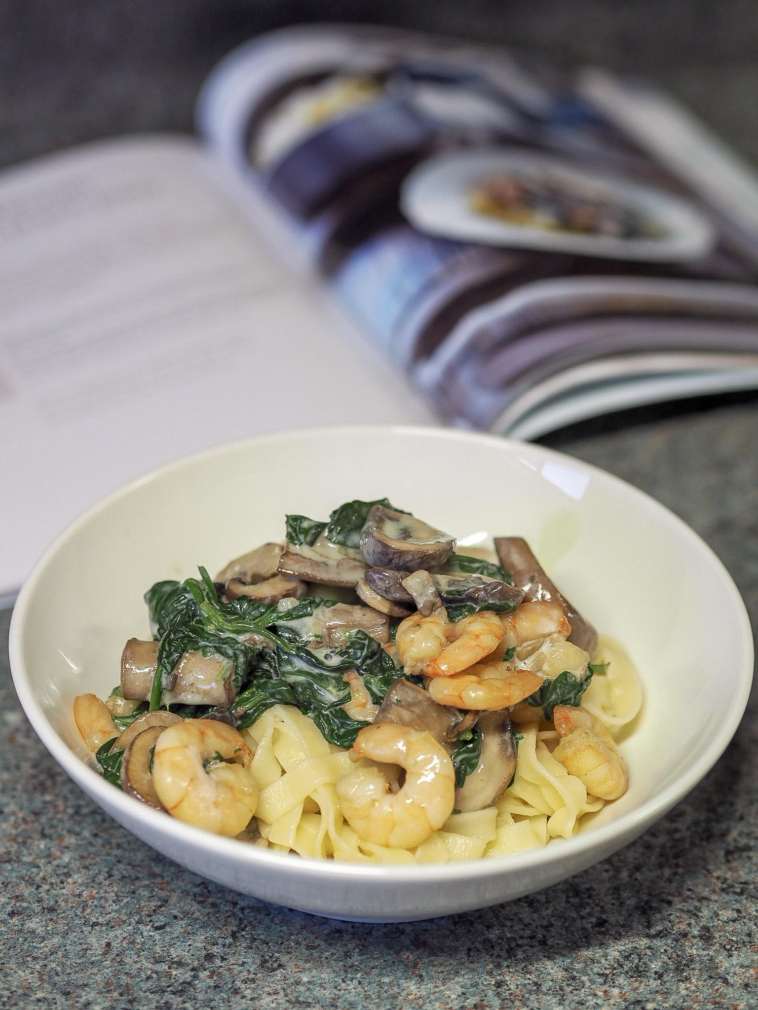 SW recipe: Creamy mushroom and prawn pasta