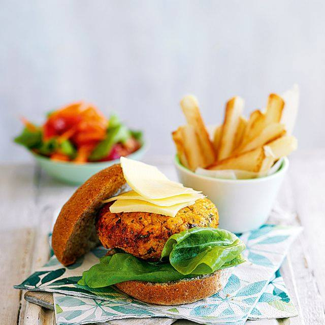 SW recipe: Carrot, coriander and butter bean burgers with chips