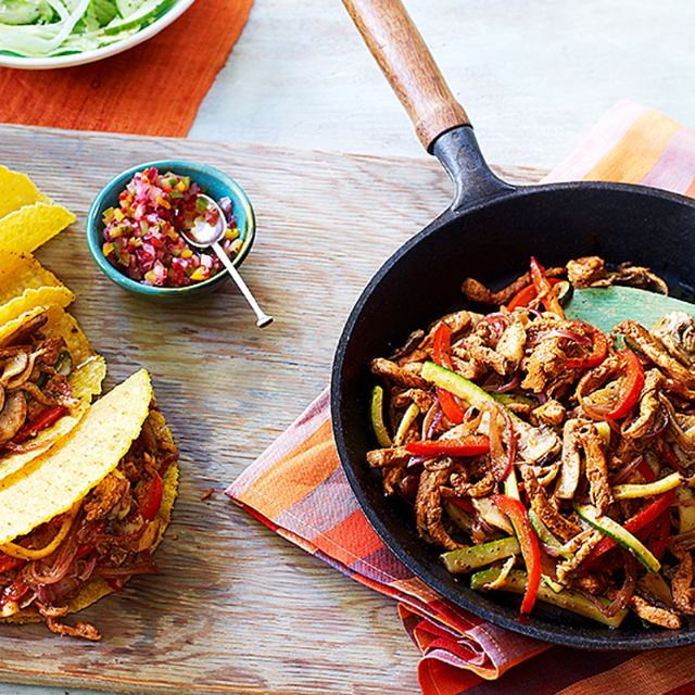 SW recipe: Chicken tacos with paprika wedges